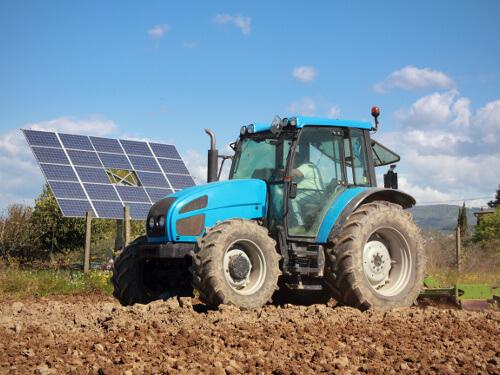 Tractor Riego Energía Solar